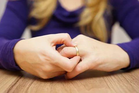 Divorțul – când aveți nevoie de avocat, chiar dacă ați convenit să divorțați amiabil?